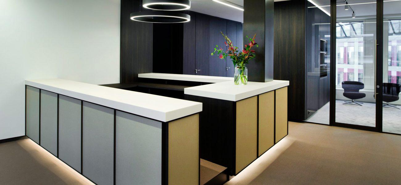 Luxueuze kantoorinrichting met duurzame materialen