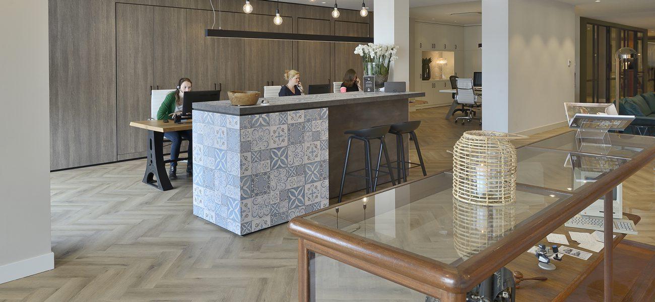Ontwerp en  inrichting door WSB interieurbouw bij  Makelaardij Nijkand - Bilthoven
